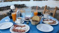 flisvos-breakfast.jpg